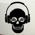 Decal skull with headphones